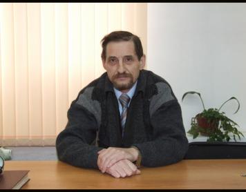 Светлой памяти учителя Анатолия Михайловича Бессмертного